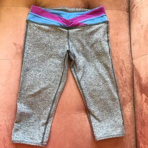 Size 10 Cropped Ivivva Leggings (Grey)